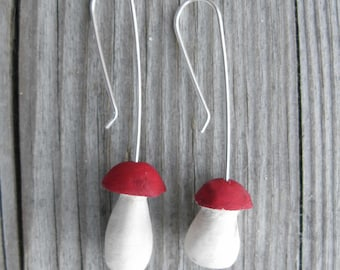 Little porcini earrings with ruby red cap made from dogberry wood