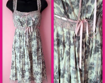 Vintage Betsey Johnson Pastel Pink and Grey Abstract Floral Mini Dress