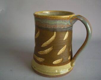 Hand thrown stoneware pottery beer mug   (BM-9)