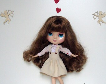 The skirt set in corduroy ribbed velvet and the cotton blouse. For Blythe doll. A Art'co creation