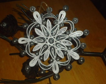 LiMiTED EDiTiON SNOWFLAKE ORNAMENT Paper Quilling MiCRO PEARLS CHRiSTMAS HOLiDAY DECORATiON Handmade GiFT ORiGiNAL DESiGN