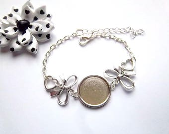 1 - Medium silver cabochon 18mm, bow tie and heart bracelet