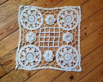 Doily 40x40cm, crochet, vintage, good condition.