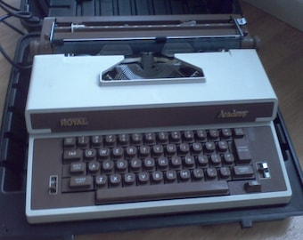 Typewriter, electric typewriter, Electric, portable , Royal, Academy