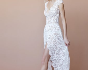 AURORA. Romantic style boudoir gown.