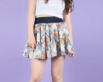 Flirty 70s Vintage Floral Mini Skirt XS
