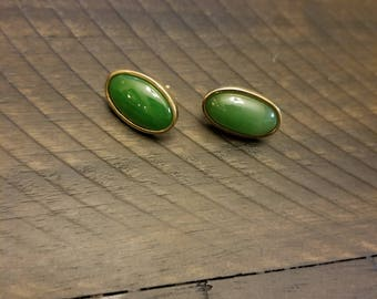 Vintage costume jewelry earings with green stone and matching ring