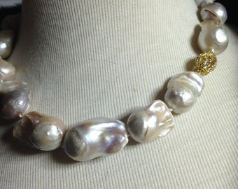 Baroque Pearl Necklace-High quality white Baroque Pearls