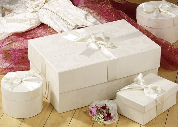 Wedding Dress Storage Box To Preserve A Dress After The Wedding Day