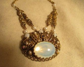 Vintage W Germany moonstone pendant necklace