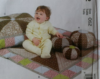 McCall's M6622 Baby Quilt and Pillow Sewing Pattern New/Uncut