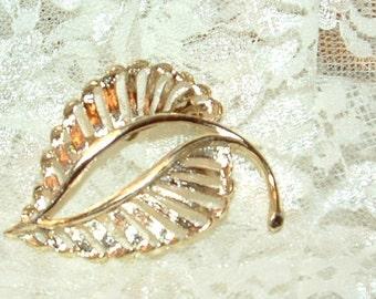 Gold tone Vintage Open Leaf Brooch Pin