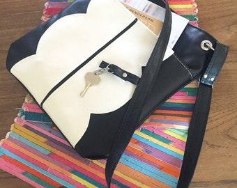 Vegan Bag, Black Leather Tote Bag, Tote Bag with pockets, Crossbody Bag, Cross Body Purse, Medium Tote, Vegan Leather Tote, Travel Tote