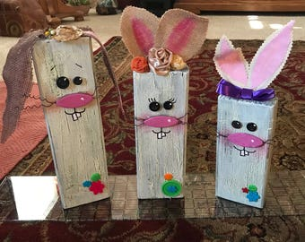 Wood block Easter Rabbits