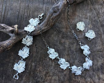 Sarah Coventry Grape Leaf Set   Vintage 1950s White Enamel and Silver Whispering Leaves Bracelet, Earrings and Necklace   Demi Parure