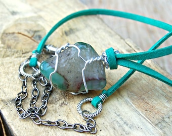 Green Agate Necklace, Wire Wrapped Gemstone Pendant, Green Stone Necklace, Gemstone Jewelry, Agate Jewelry, Healing Crystals and Stones