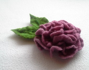Felt Wool Brooch, Pin Felted Wool Jewelry, Felt Hair clip, Pink flower, Pin Gift,Unique Flower, Handmade, felted hydrangea, Hat flower