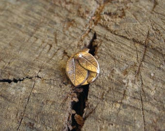 "Adjustable ring ""vegetal"" - golden bronze"