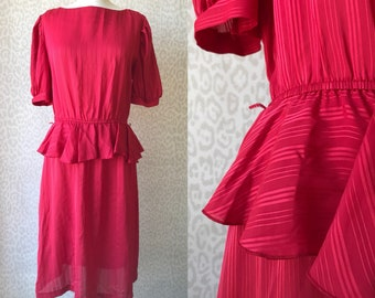 Bright red dress size M/L from 80's, vintage knee dress, evening dress, 80's fashion, ruffle dress, misses red dress, red knee dress