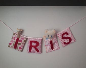 "Garland ""pockets"" square with name in shades of pink"