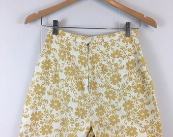 Vintage '60's Floral Gold and White High Waist Shorts XS S
