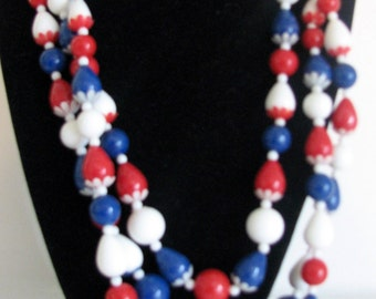 Vintage Necklace Patriotic Hong Kong Plastic Beads Red White and Blue 1950s 1960s Necklace