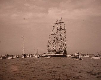 8x9 Photo of the Gasparilla Pirate Ship Invasion of Tampa