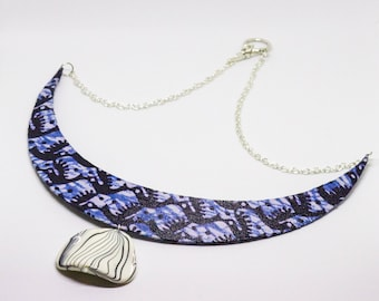 Ethnic necklace in blue wax and large Pearl White and black - gift idea