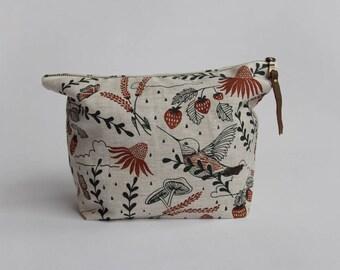 Hummingbirds Traveler Pouch. Project Bag. Zipper Pouch. Large Pouch.