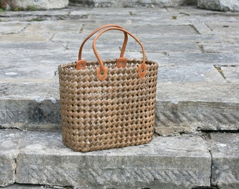 Banana and Seagrass Thatched Bag