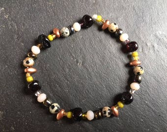 small ethnic bracelet - different color bead