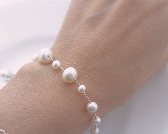 Freshwater Pearl Bracelet . Sterling Silver faceted ball chain with Freshwater pearls. Pearl Bracelet, Wedding, Bridesmaid Gift