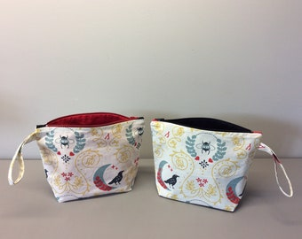 Toiletry bag in organic cotton.