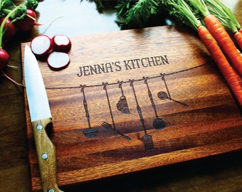 Personalized Gift For Mothers Day, Cutting Board, Custom Name, Wedding Gift, Anniversary, Housewarming, Gift For Her, Gift For Mom, Hostess