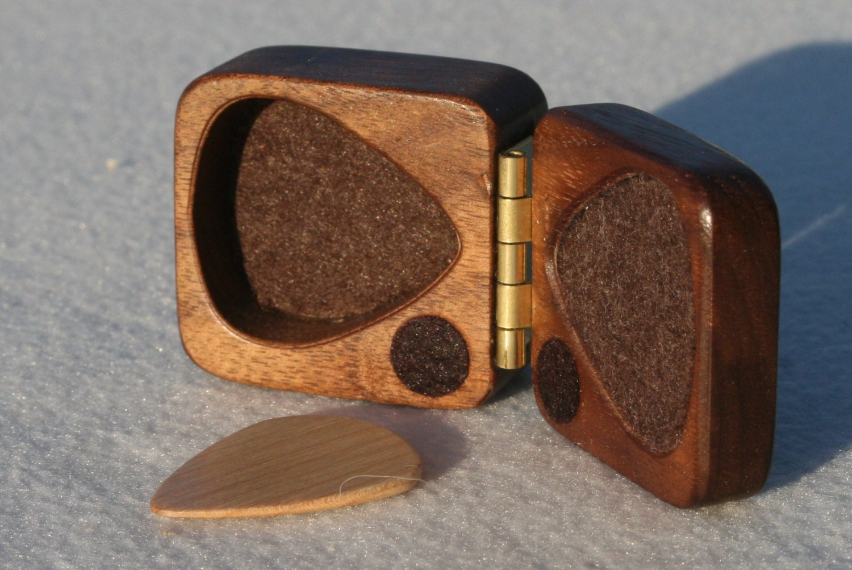 guitar pick holder black walnut hard wood felt lined magnetic. Black Bedroom Furniture Sets. Home Design Ideas