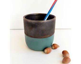 Porcelain mug / / green & Bronze