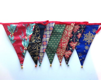 Festive bunting with multi coloured bells (five flag set)