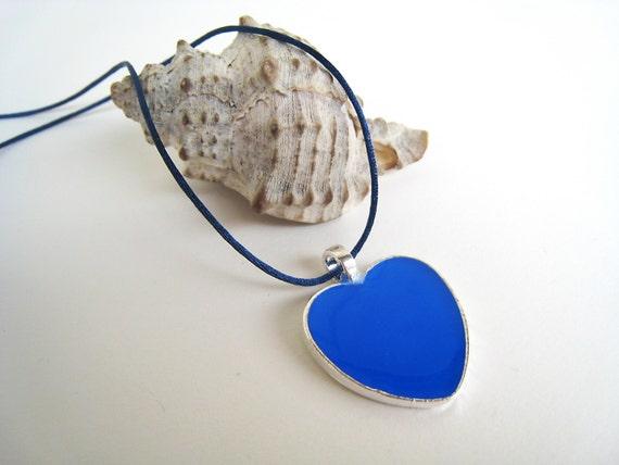 Blue heart necklace, bridesmaid pendant, flower girl, summer wedding, lapis blue resin necklace, blue heart charm, maternity friendship