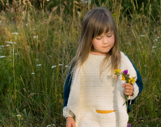 CROCHET PATTERN butterfly poncho Vanessa with sleeve cuffs and a pocket (toddler/child sizes)