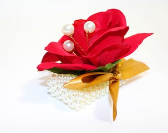 Red rose Wrist Corsage with Pearl Wristlet, Wedding Corsage, Prom Corsage, Bridesmaid Corsage, Fabric Corsage, Bracelet, Flower girl Corsage