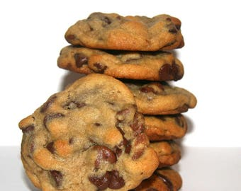 ultimate chocolate chip cookies with walnuts