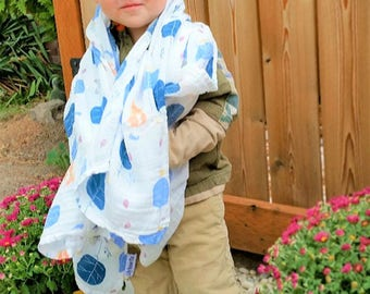 Sleepy Fox - 100% Cotton Muslin Swaddle Blanket - baby shower, autumn, fall, leaves, boy - 40X40