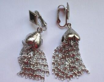 """Vtg. sarah coventry dangle earrings in silvertone finish--clip backs--2-1/4"""" long"""