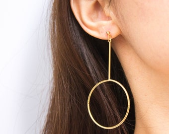 Omikron -earrings (16K gold plated minimal geometric line and circle statement earrings)
