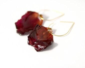 bridesmaid earrings, for wedding, petal earrings, resin petal jewelry, pink petal earrings, resin flower earrings, rose earrings, bridesmaid