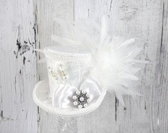 White on White Elegant Wedding Bow Medium Mini Top Hat Fascinator, Alice in Wonderland, Mad Hatter Tea Party, Derby Hat, Bridal Hat