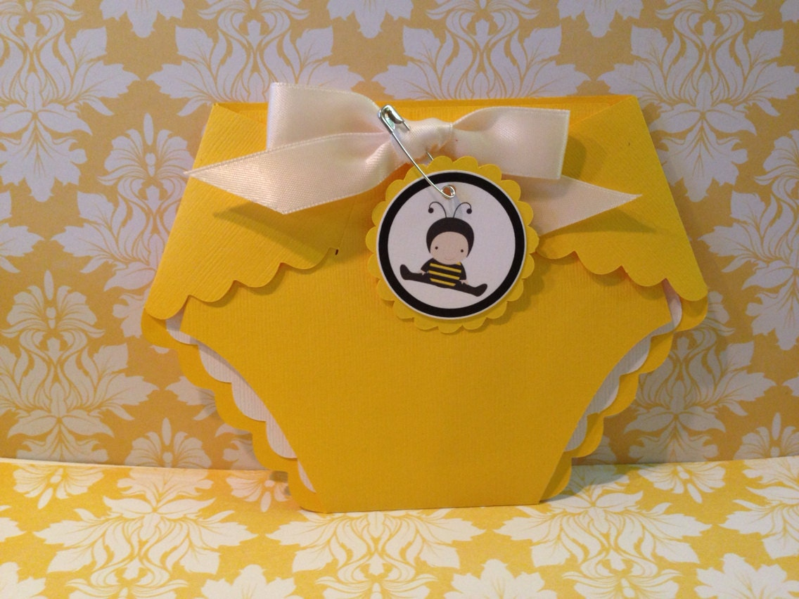 Diaper Invitations 25 Baby yellow diaper with bumble bee