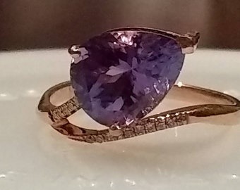 2.60 CT natural genuine pear blue violet tanzanite and diamond ring. 14k rose gold