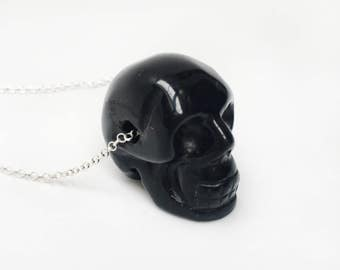 Negro Agatha Skull, collar de plata