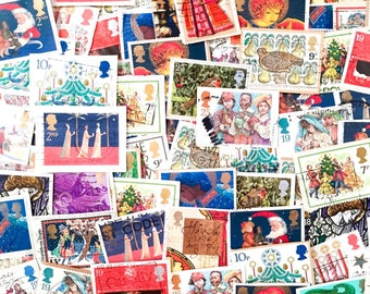 GB Used - 200 x Mixed British Christmas postage stamps on paper - for collage, stamp collecting, decoupage, stamp art, scrapbooking, crafts